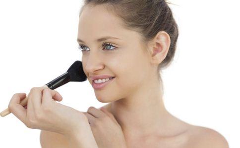 怎么化出韩式小清新妆 化妆警惕哪几点