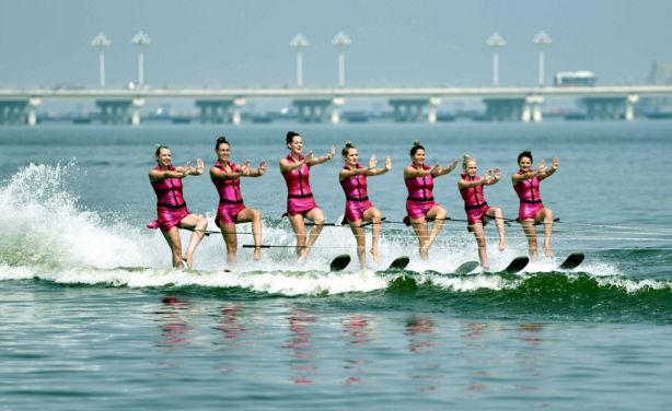 第四届中国沂河国际滑水公开赛山东临沂落幕